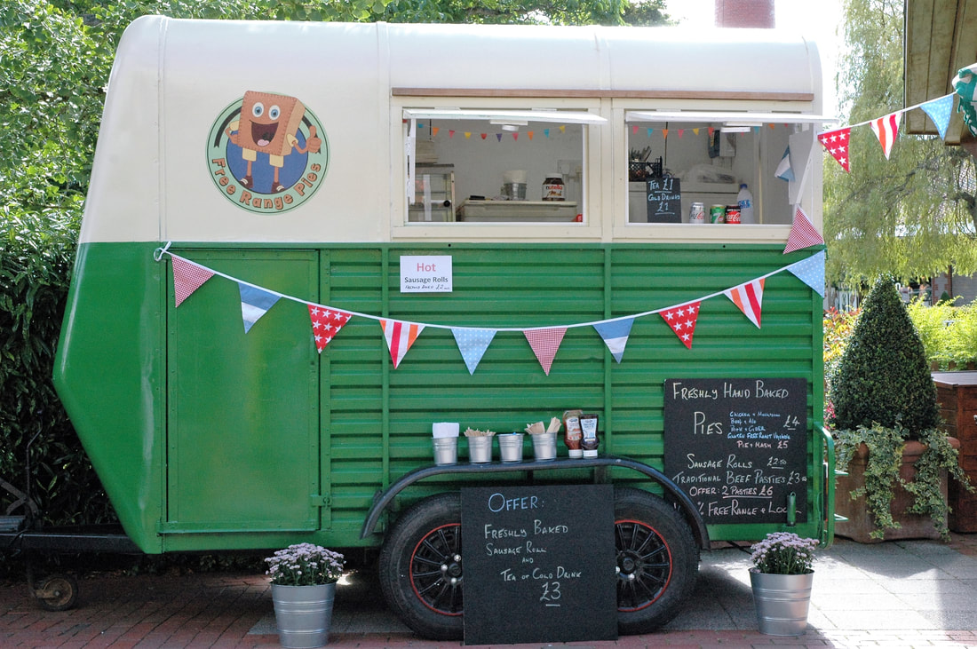 pie-and-mash-trailer-serving-pasties_orig