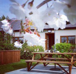 https://tietheknotwedding.co.uk/listings/hawthorn-farm-cottages