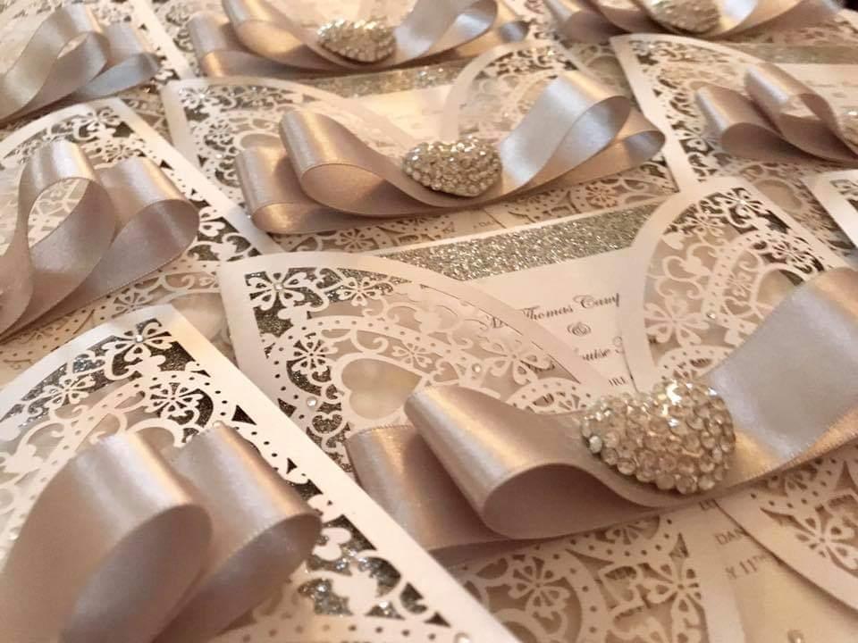 https://tietheknotwedding.co.uk/listings/boutique-10-wedding-stationery