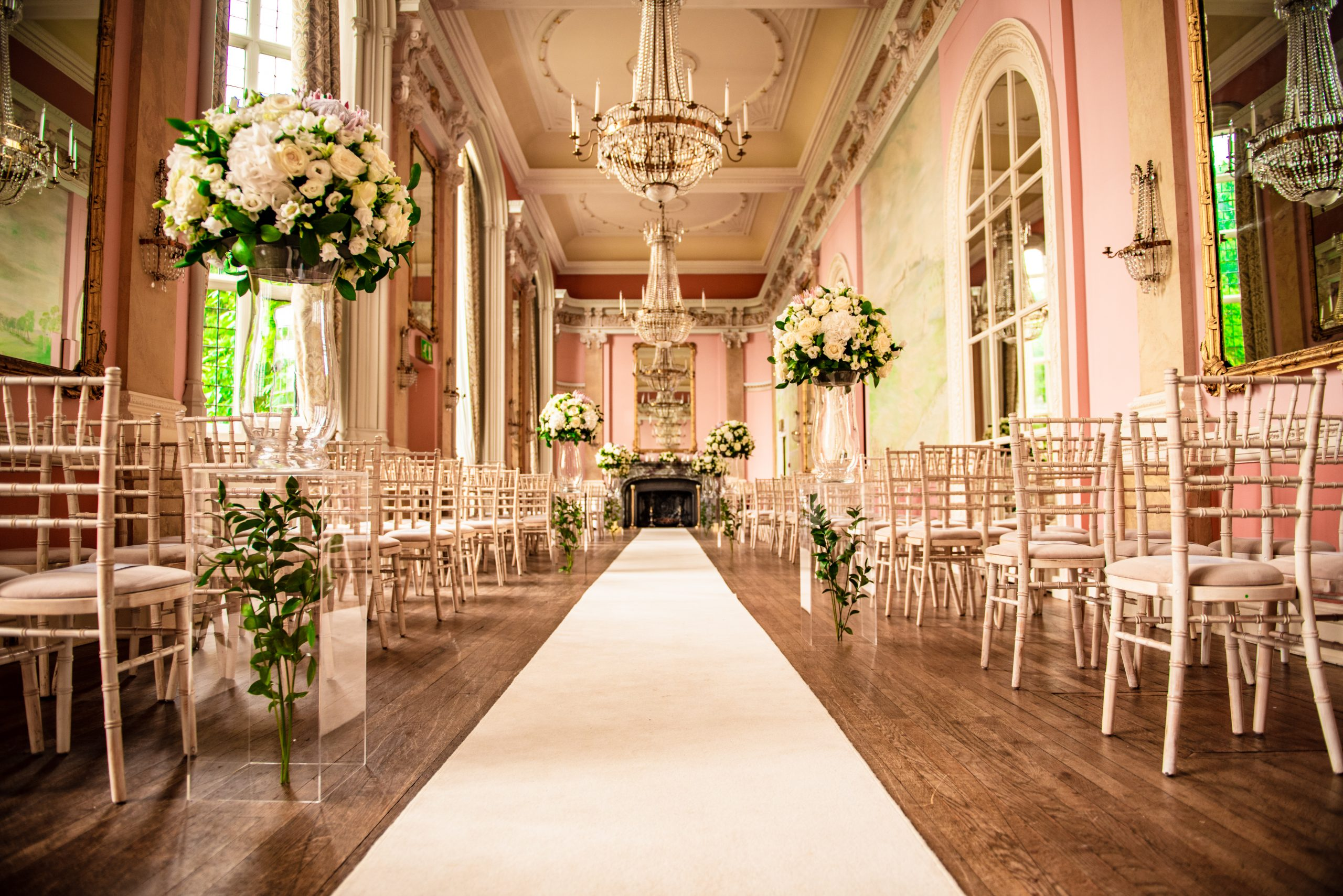 https://tietheknotwedding.co.uk/listings/hire-societies
