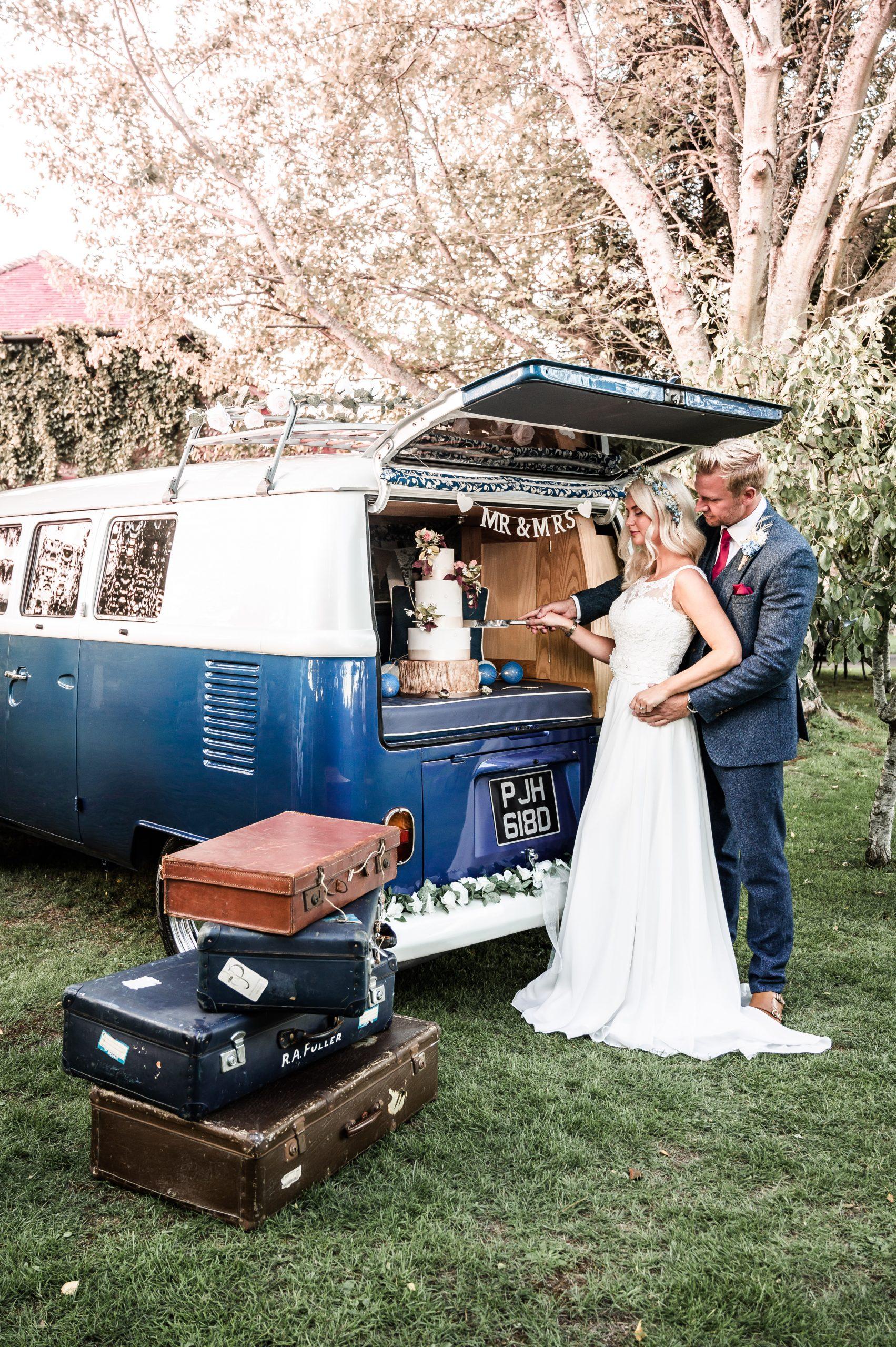 Something Blue Wedding Car Hire https://www.somethingbluecarhire.com